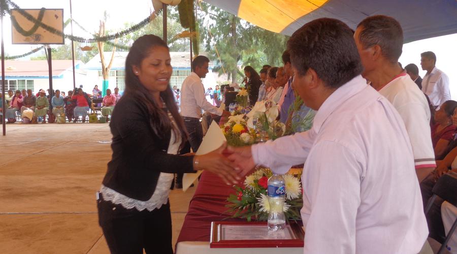 Reconocerán a mujeres por labor comunitaria en San Juan Mixtepec