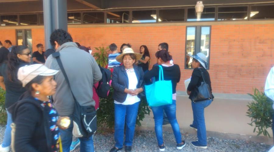 Vecinos de Agua Dulce protestan por fraude de lotes