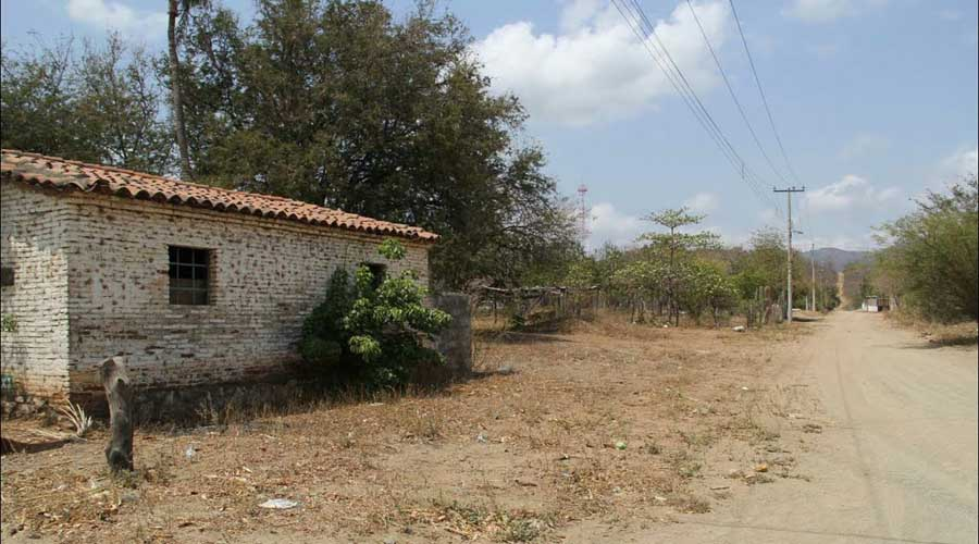 Exigen acabar con cacicazgo en Morro Mazatán, Tehuantepec | - El Imparcial de Oaxaca