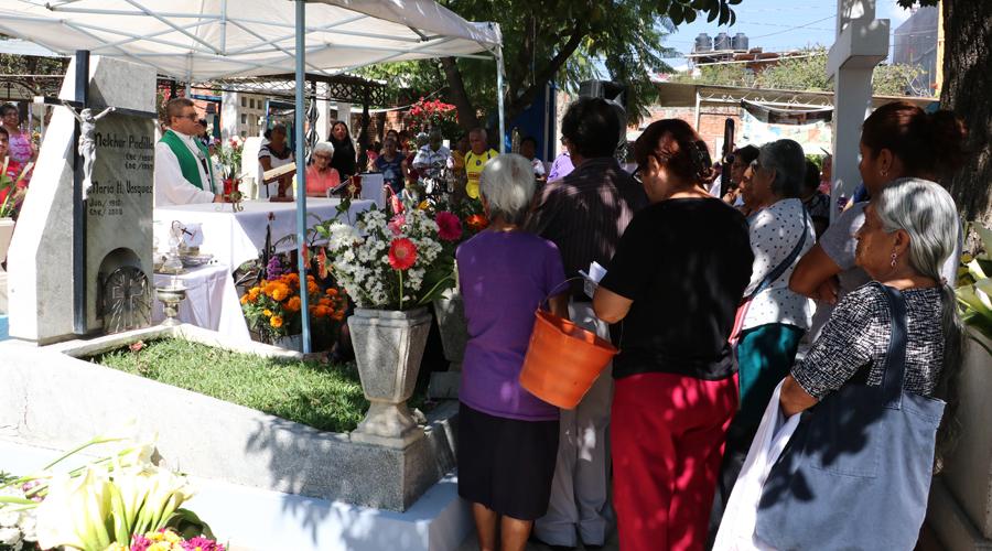 Vive Xochimilco su Lunes del Panteón