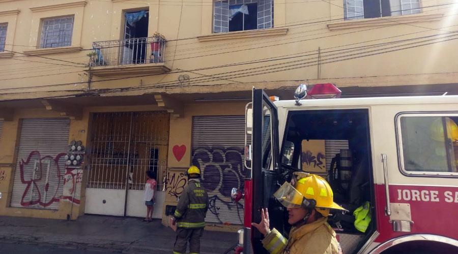 Reportan incendio en casa del Centro de Oaxaca   El Imparcial de Oaxaca