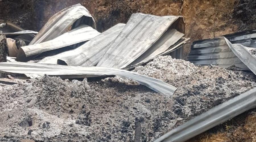 Conflicto en Atatlahuca deja 20 casas quemadas