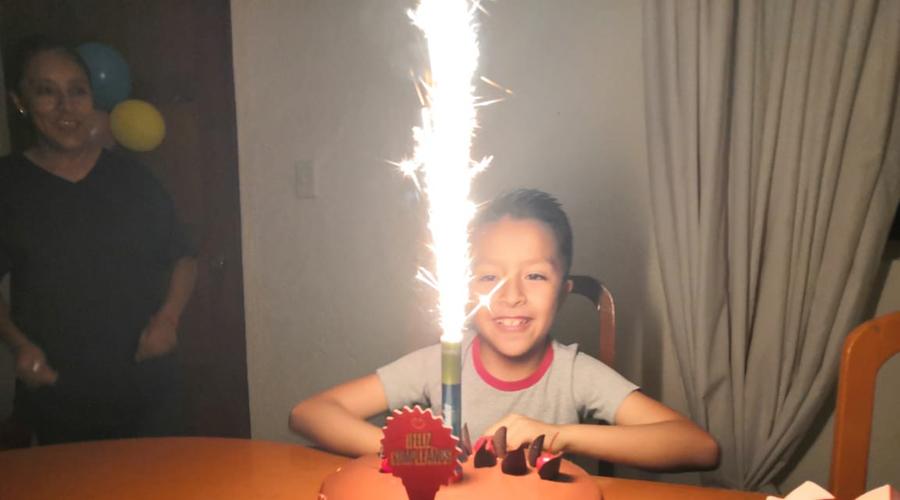 Max cumple 9 años