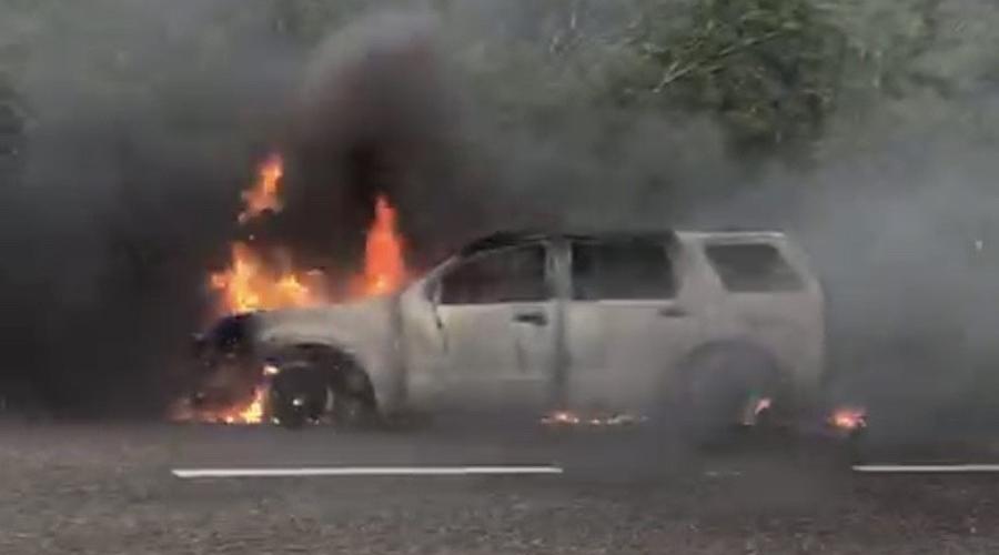 Se incendia camioneta familiar en La Mata   El Imparcial de Oaxaca