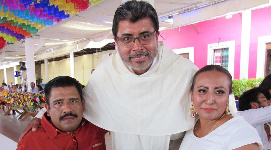 El fray Ángel Eleazar festejó su servicio a Dios