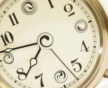 Cómo se explica que el tiempo vaya hacia delante y su relación con la entropía