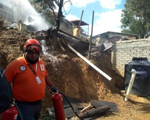 Acaba incendio con humilde vivienda en San Juanito | El Imparcial de Oaxaca