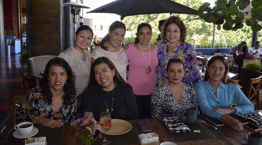 Ángeles Bolaños Cacho y Heidi Andrés celebraron juntas su cumpleaños | El Imparcial de Oaxaca