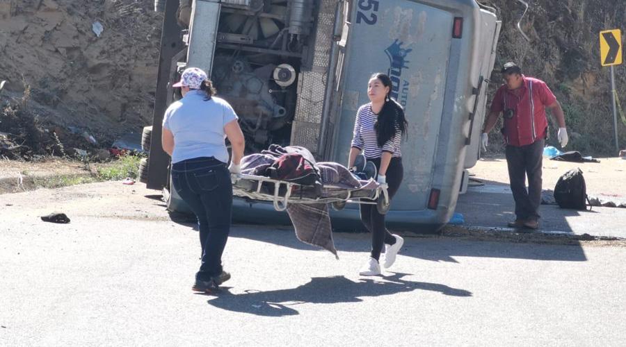 Retorno de jornaleros de Oaxaca se interrumpe por tragedia en Huitzo