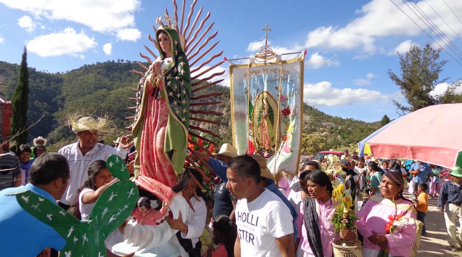 Coordinan mixtecos festejo a la Virgen de Guadalupe