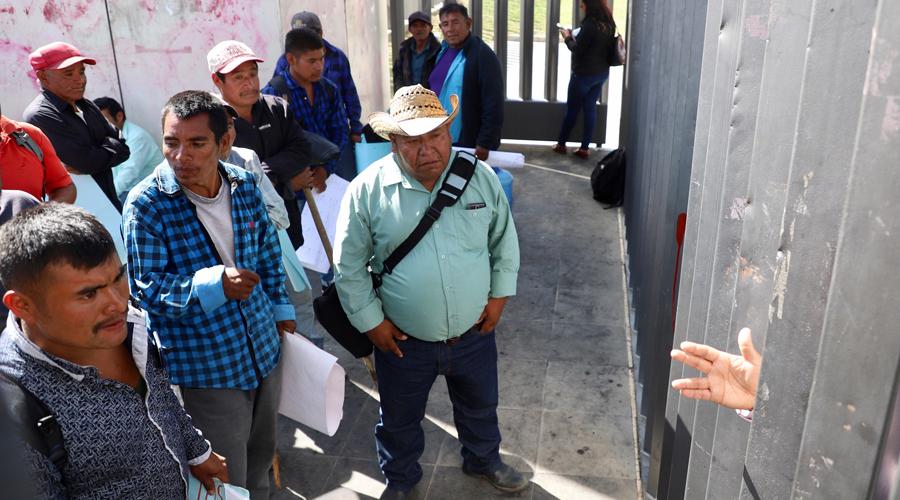 Habitantes de las agencias de San Martín Peras toman Ciudad Administrativa   El Imparcial de Oaxaca