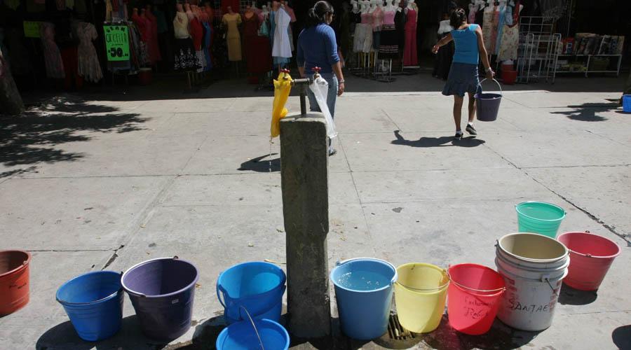 Incumplen tres municipios con el servicio de agua | El Imparcial de Oaxaca