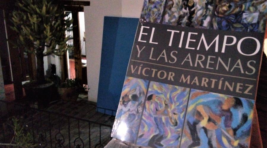 """Víctor Martínez escribe sobre """"el tiempo y las arenas"""""""