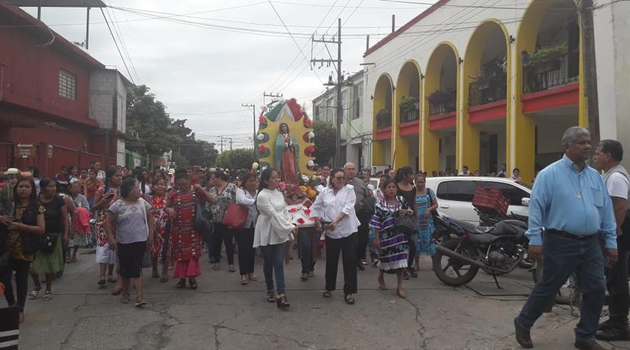 Cientos de católicos viven el Fervor Guadalupano