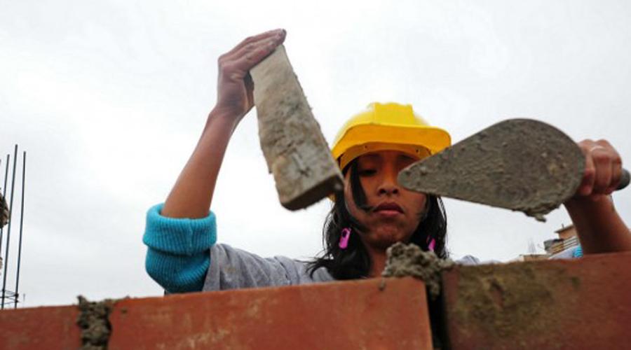 Capacitan a mujeres mixtecas en el ramo de la construcción | El Imparcial de Oaxaca