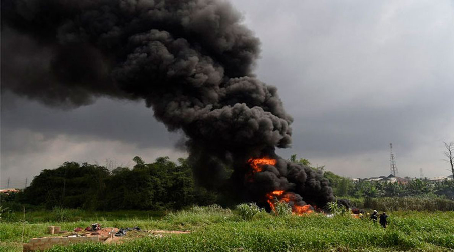 Sacerdote confunde gasolina con agua bendita y vuelve ceremonia en tragedia infernal   El Imparcial de Oaxaca