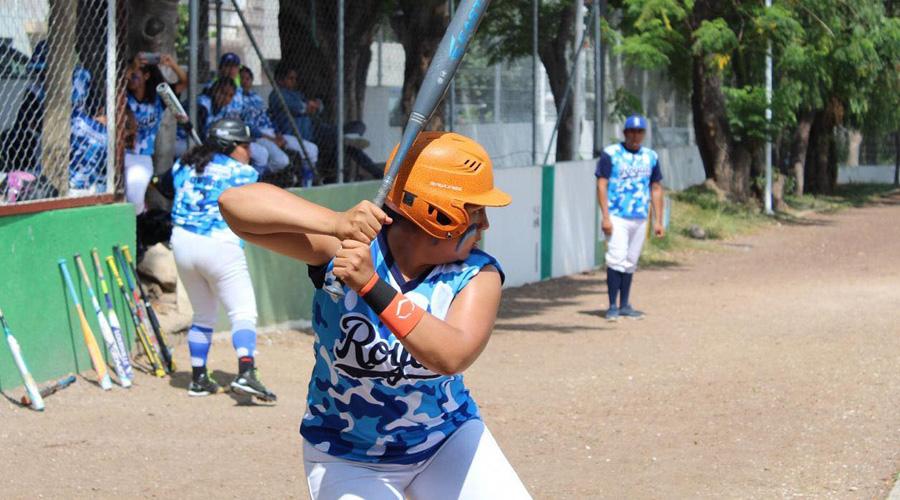 Diamonds y Panteras lideran Liga Oaxaca