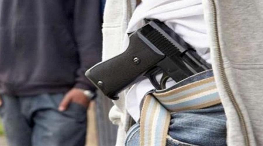 Grupo armado roba una pipa