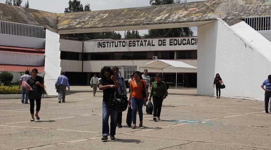 """Alistan""""regalos de fin de año"""" para personal de apoyo de Sección 22   El Imparcial de Oaxaca"""
