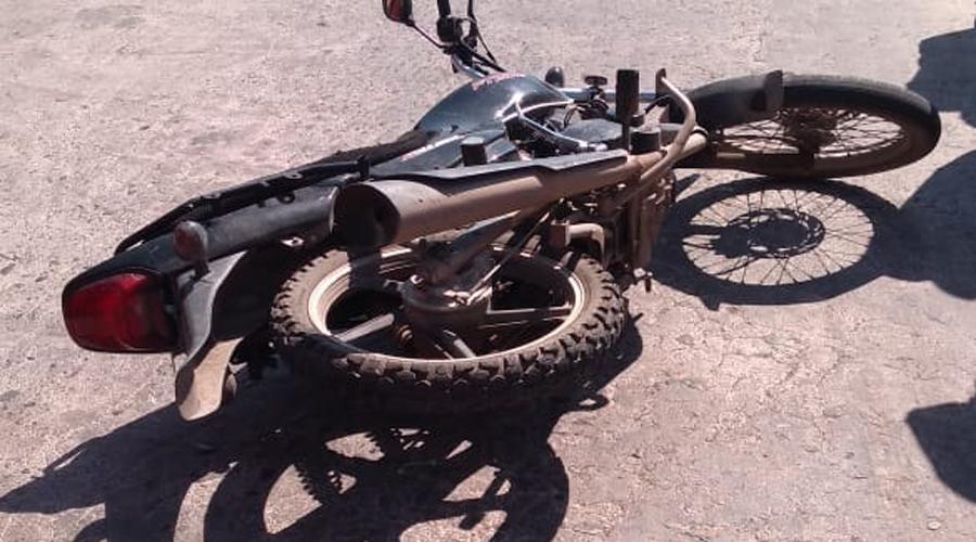Motociclista distraído arrolla a una mujer | El Imparcial de Oaxaca
