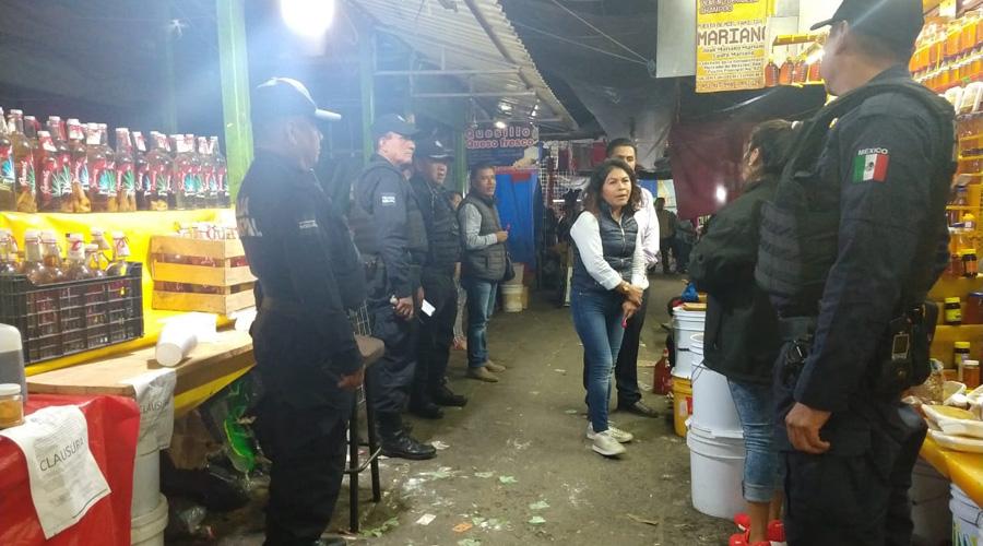 Operativo contra venta clandestina de 'cuetes' en la Central de Abasto