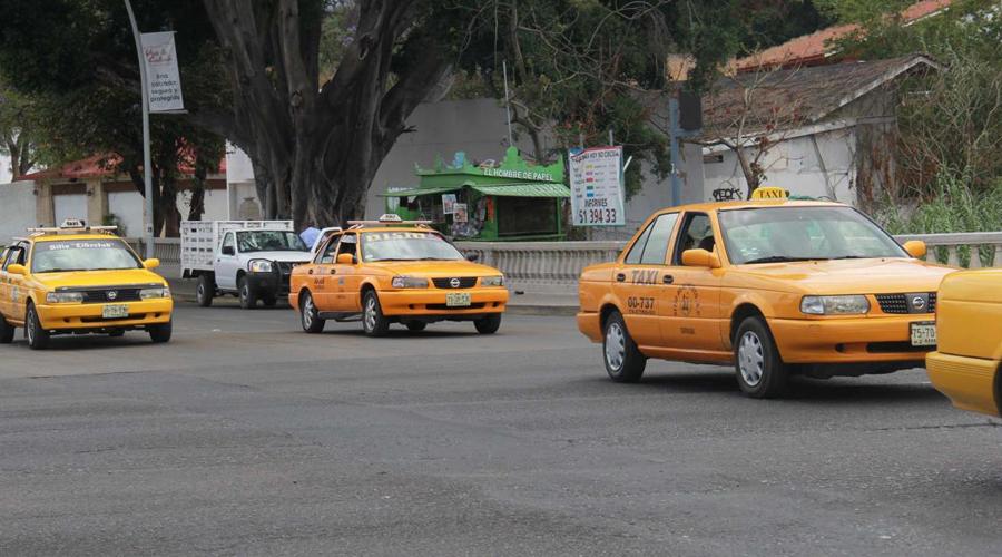 Asaltan con saña a taxista en agencia Donají