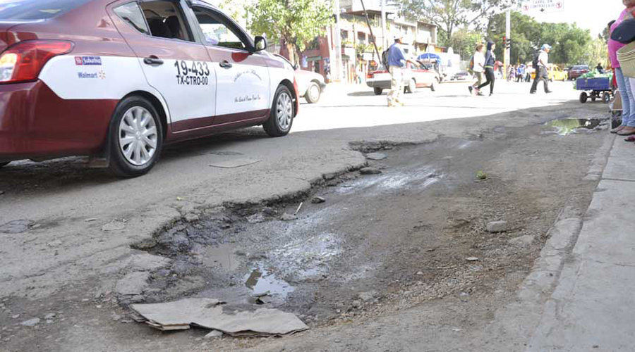 En Oaxaca los baches son el principal problema de la ciudad