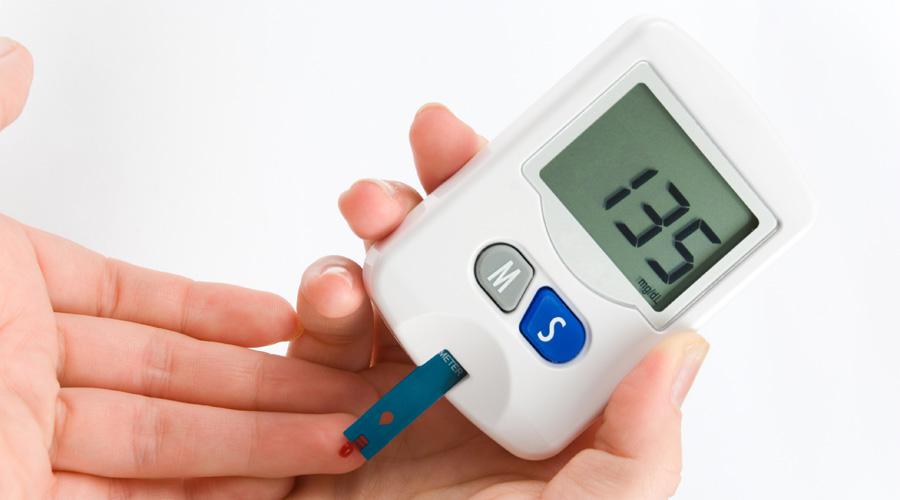 Estudios realizados por estudiantes de la UVM revelan que la dalia puede combatir la diabetes