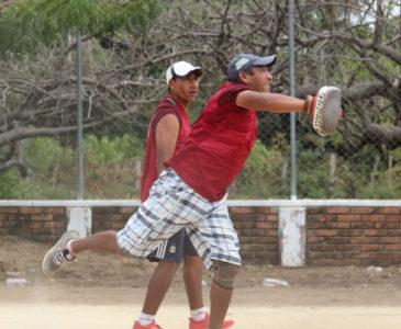 Habrá jugada de pelota Mixteca en Bajos de Chila