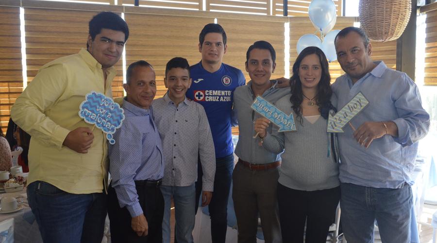 Rosita Flores será mamá