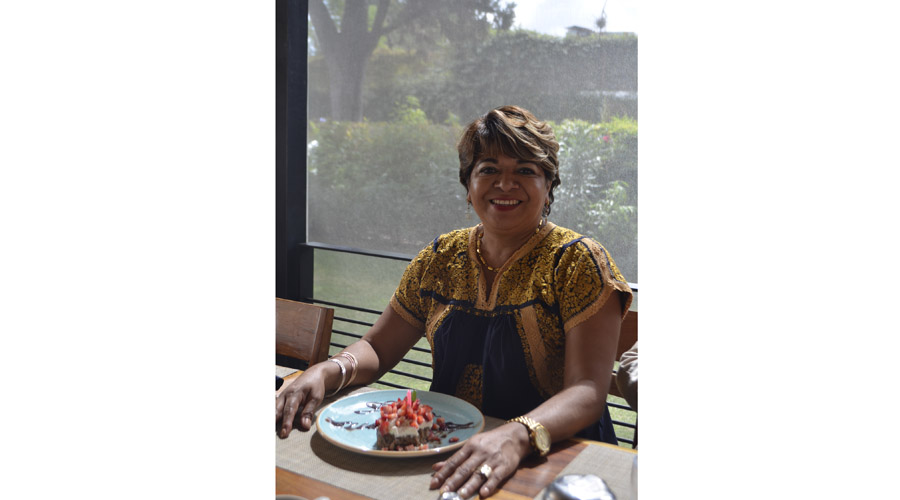 Norma Avilés cumple años
