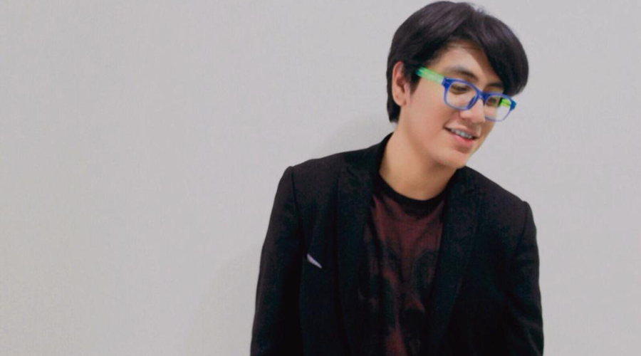 Pianista mixteco galardonado con premio mundial en Nueva York