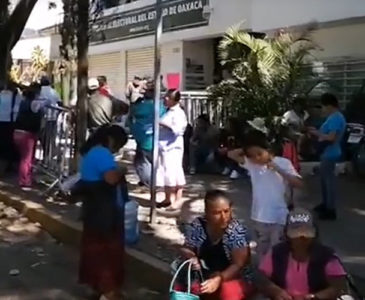 Pobladores de la Mixteca cierran el TEEO