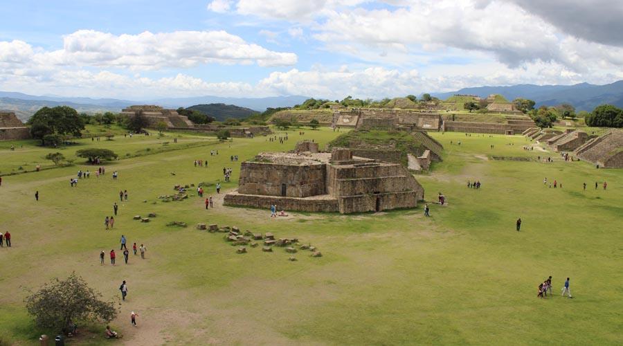 Tesoros de la Tumba 7 son todos zapotecos, asegura Marcus Winter