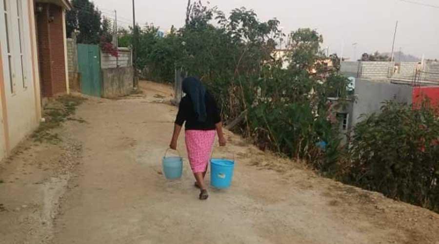 Habitantes de Ayutla llevan 968 días sin agua