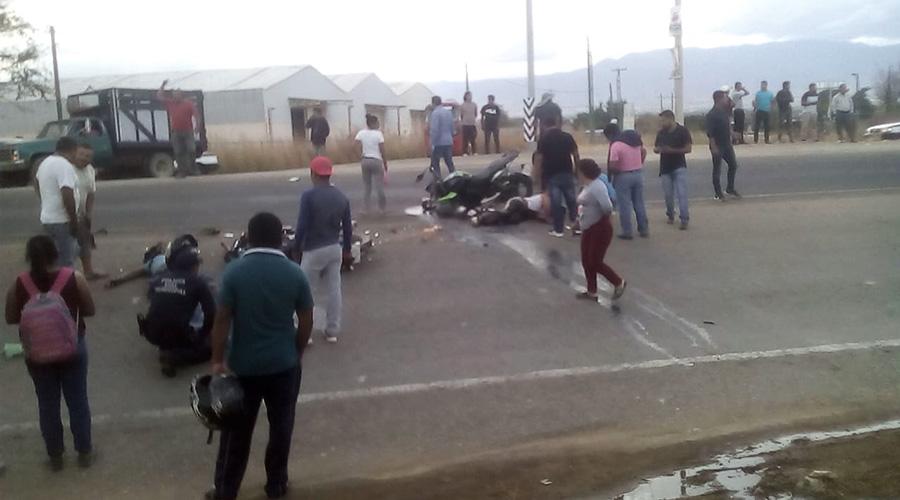 Encontronazo entre motociclistas deja cuatro personas lesionadas