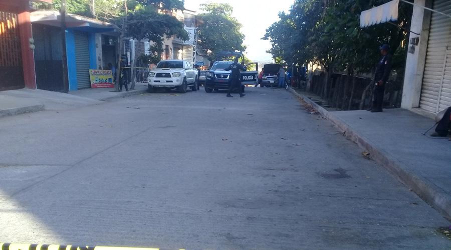 La atacan a balazos en Pinotepa Nacional