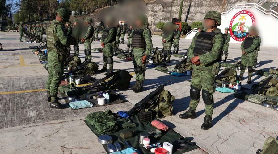 Van soldados oaxaqueños a combatir al narco