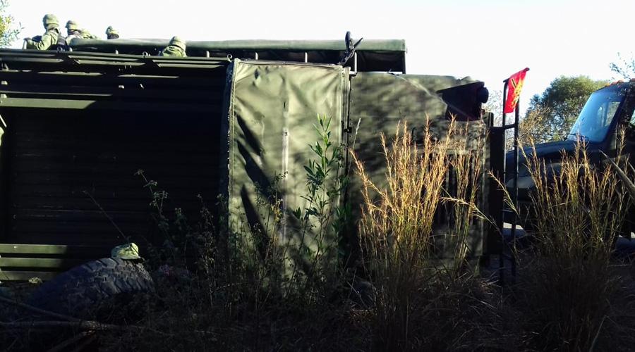 Vuelca vehículo del Ejército en la Mixteca