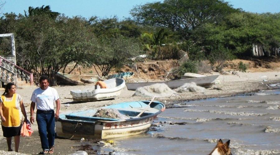Sin daños por mar de fondo | El Imparcial de Oaxaca
