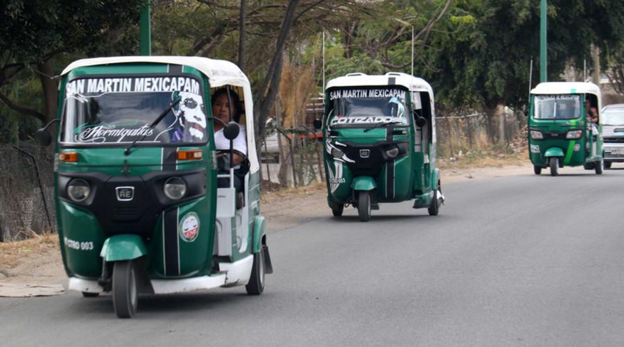 Mototaxistas sitian escuelas | El Imparcial de Oaxaca