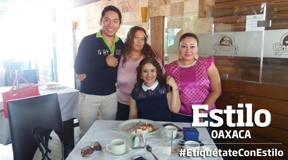¡Feliz día Yuri!   El Imparcial de Oaxaca