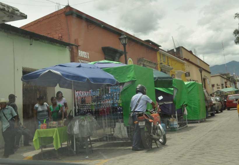 Exigen retiro de comerciantes del Centro Histórico de Oaxaca | El Imparcial de Oaxaca