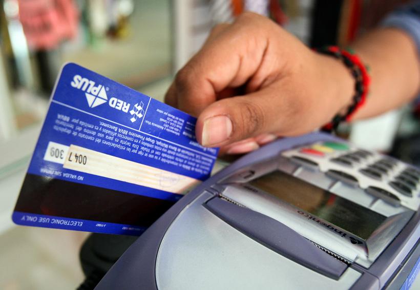 Tarjetas de crédito y cajas de ahorro, encabezan quejas en la Cuenca | El Imparcial de Oaxaca
