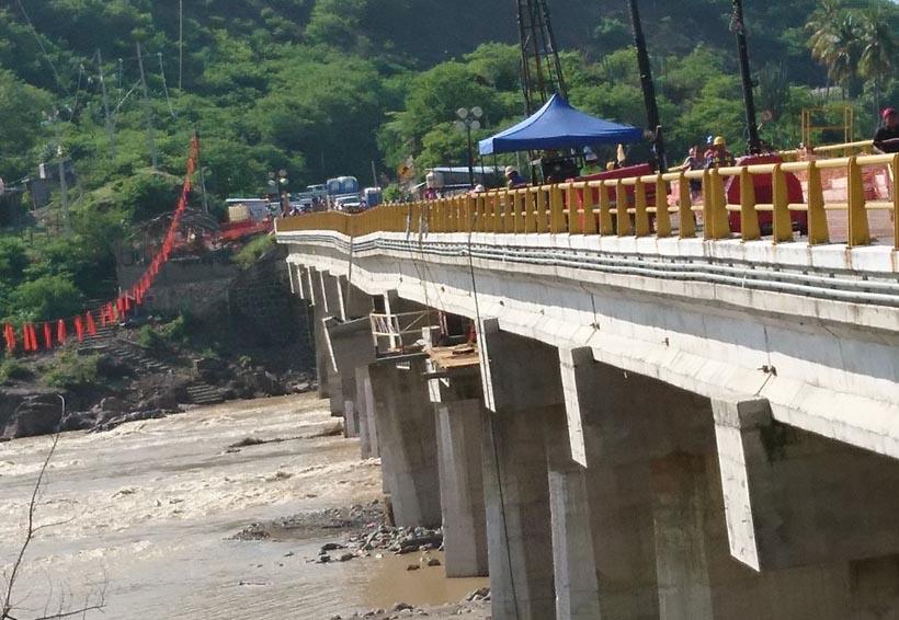 Reabren paso a Oaxaca por puente Tequisistlán | El Imparcial de Oaxaca