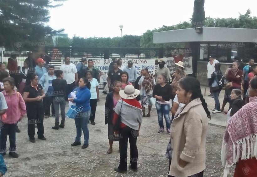 Habitantes de San Raymundo Jalpan toman instalaciones del la Universidad Anahuac | El Imparcial de Oaxaca