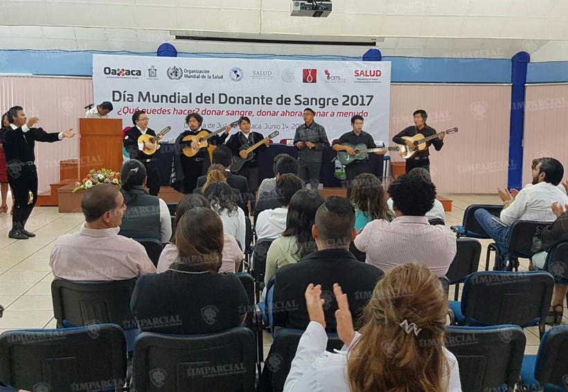Entregan reconocimientos a donadores voluntarios de sangre en Oaxaca | El Imparcial de Oaxaca