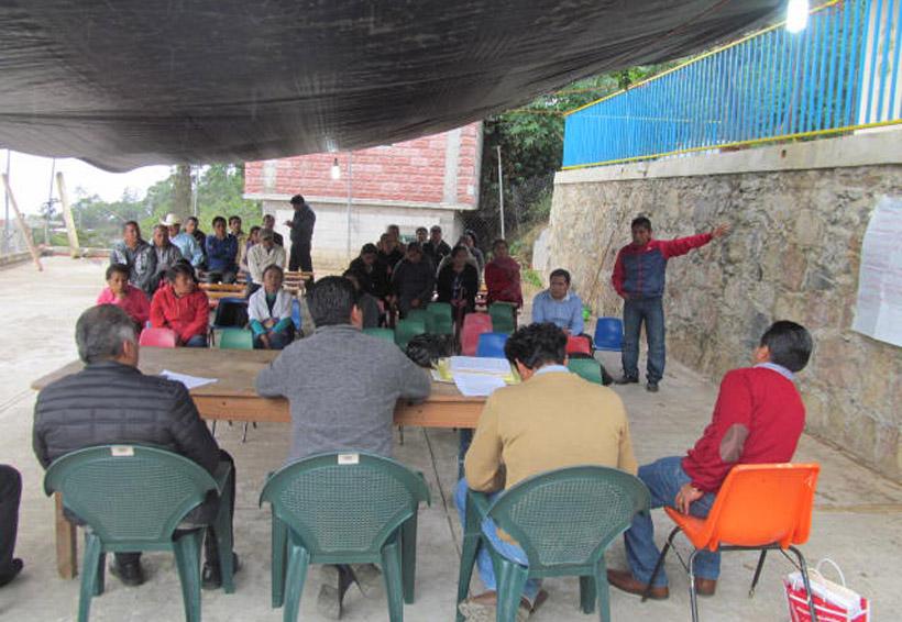 Exigen a edil de Huautla agilizar encajonamiento de aguas negras   El Imparcial de Oaxaca