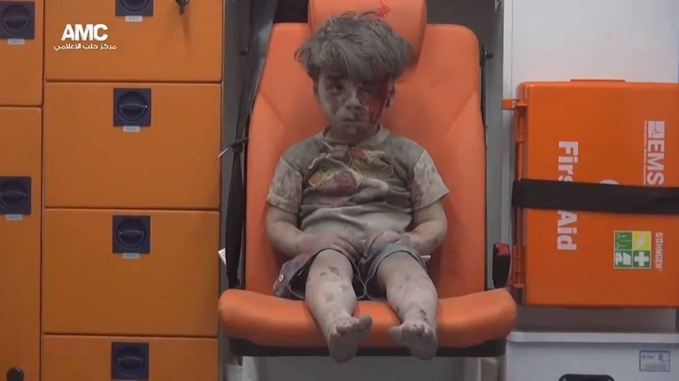 Reaparece niño sirio que se convirtió en símbolo de la guerra civil   El Imparcial de Oaxaca