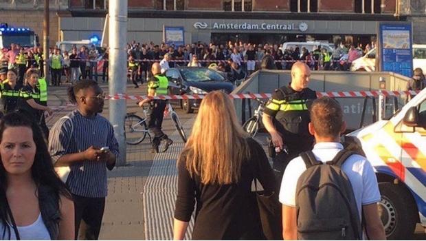 Vehículo atropella a peatones en Ámsterdam | El Imparcial de Oaxaca